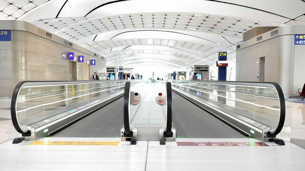 Qué servicios especiales para mayores tienen algunos aeropuertos