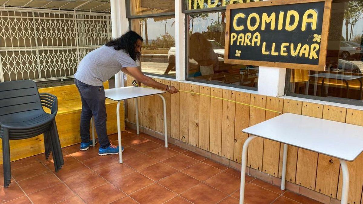 """Los restaurantes preparan las terrazas para abrir el lunes entre """"incertidumbre"""" y """"desinformación"""""""