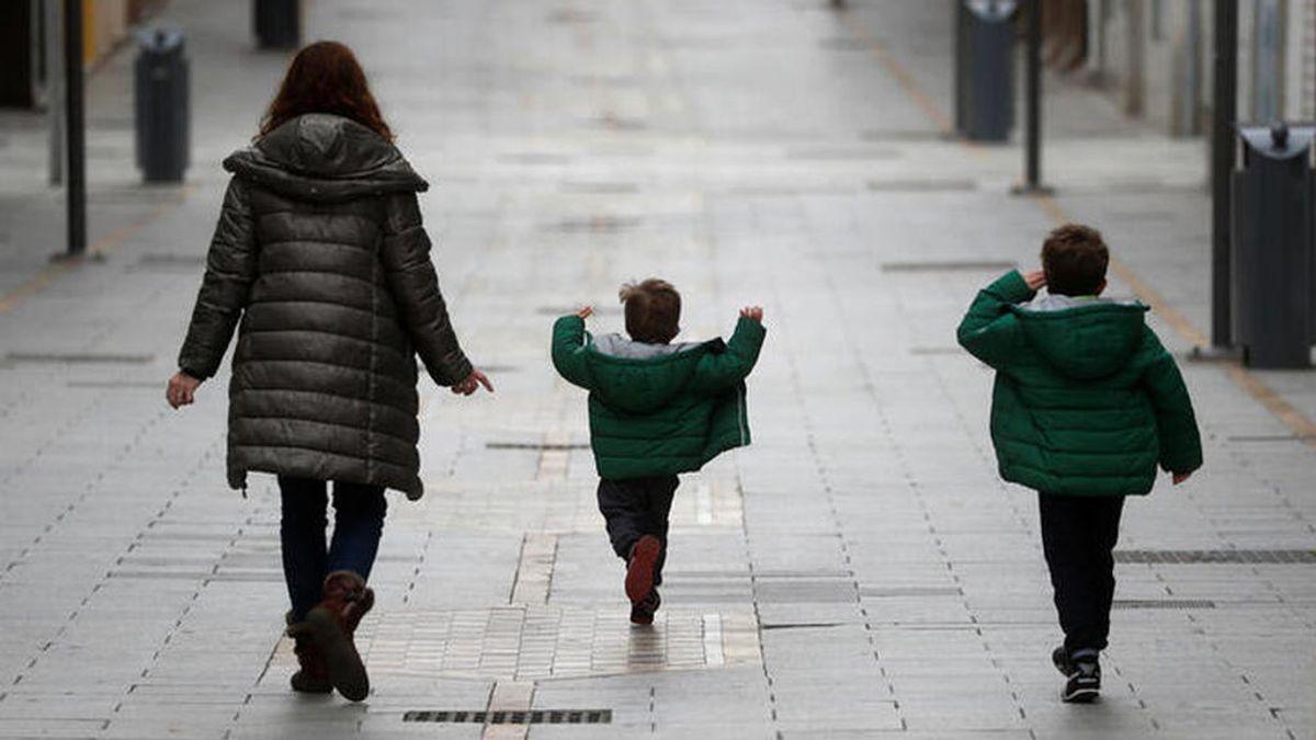 El Gobierno estudiará la posibilidad de ajustar el horario de salida de los niños por las altas temperaturas