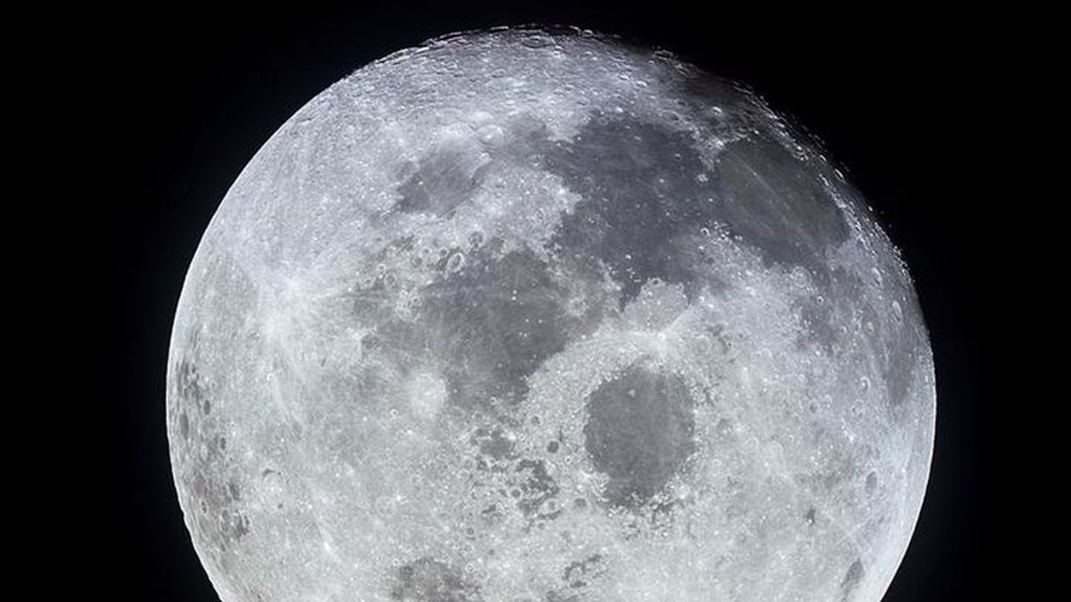 La luna no está 'muerta': las crestas en la superficie lunar muestran signos de actividad tectónica reciente