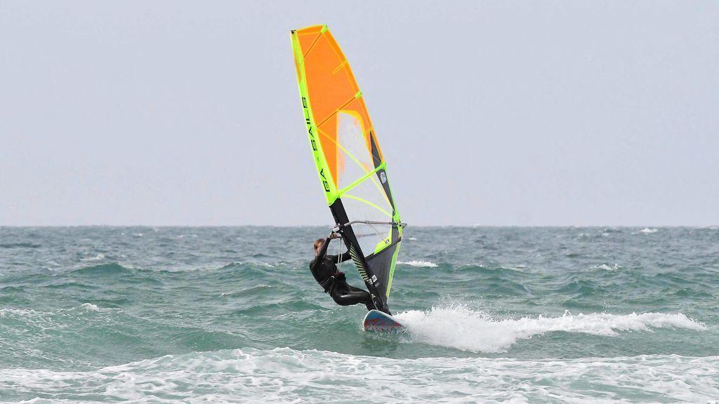 Cómo iniciarse en windsurf: tipos y estilos