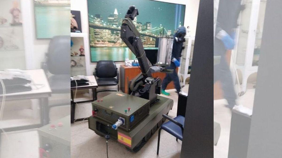 Teodor, el robot con rayos ultravioleta que el Ejército prueba para eliminar el coronavirus