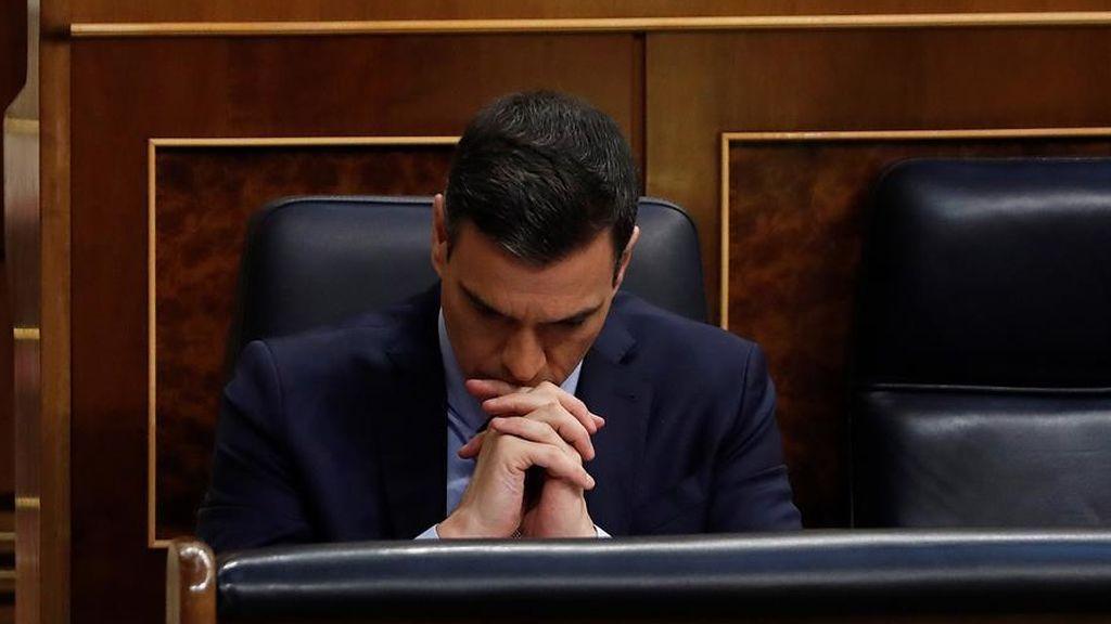El presidente del Gobierno, Pedro Sánchez, en el banco azul