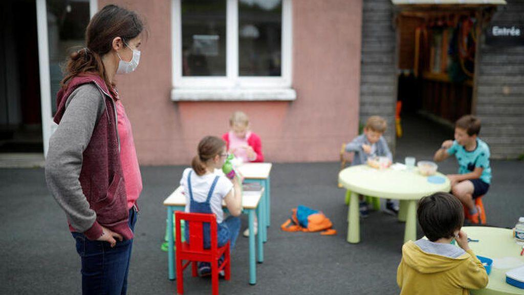 Los niños y las niñas interiorizan los estereotipos de género desde los cuatro años, según un estudio de la UCM