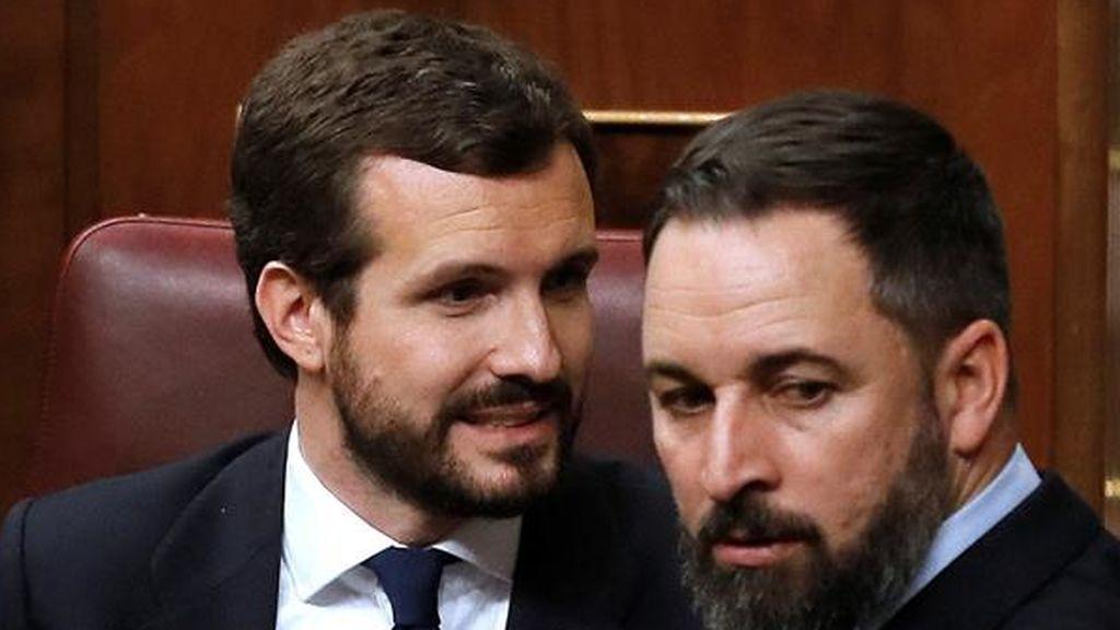 Casado atrapado entre la amenaza de moción de censura de Abascal y el giro de Arrimadas