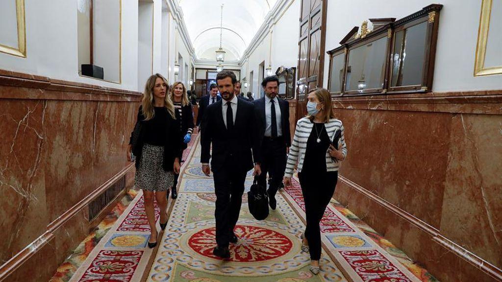 Casado llega al Congreso de los Diputados