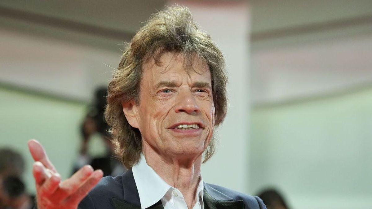 Mick Jagger enseña a ser productivo en la cuarentena: del ejercicio físico a cuidar sus ovejas