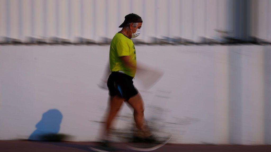 Un hombre se ejercita en España