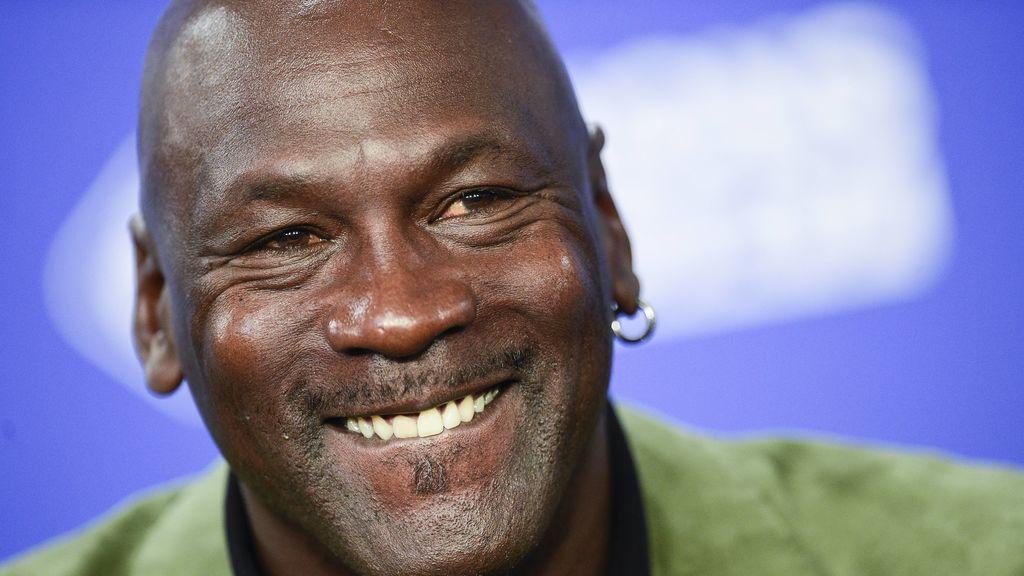La respuesta a por qué Michael Jordan tiene los ojos tan amarillos