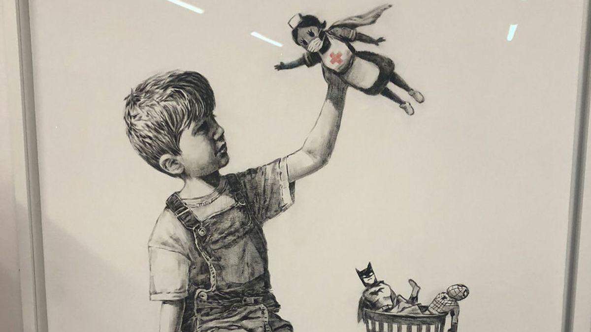 El misterioso Banksy homenajea a todo el personal sanitario con un nuevo dibujo que deja en un hospital de Southampton