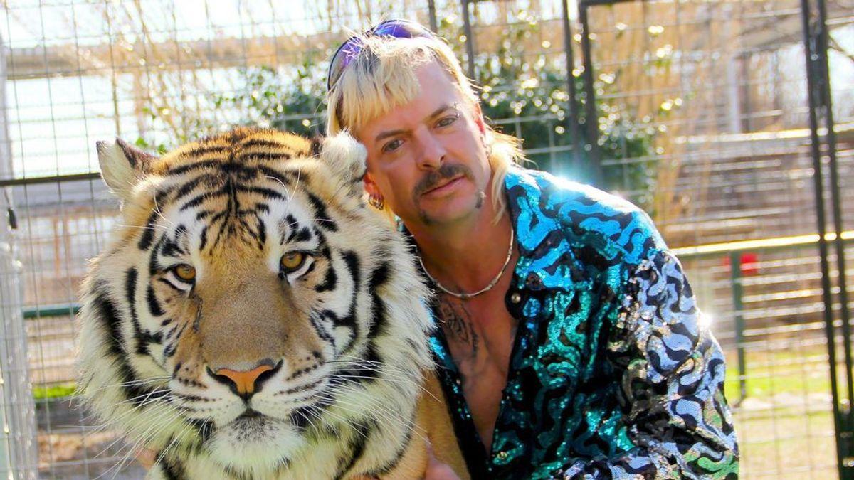 Aglomeraciones sin miedo al coronavirus en la reapertura del zoo de 'Tiger King'
