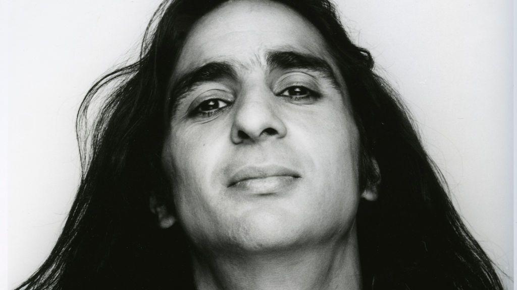 'Siete Vidas' de Antonio Flores, la pasión hecha canción