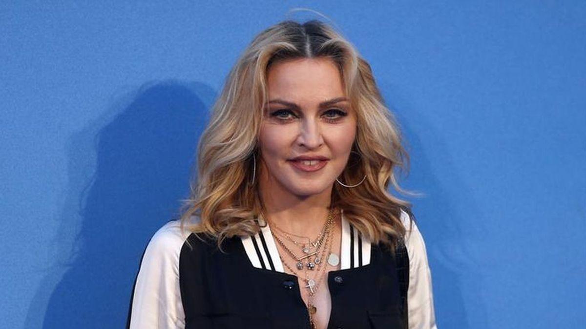 Madonna supera el coronavirus y dona 1 millón para vacunas