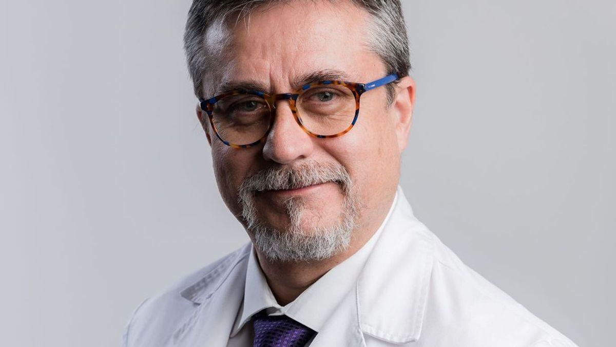 """No se relajen: la pandemia no ha terminado"": Alfredo Corell, inmunólogo, alerta sobre repuntes de coronavirus"