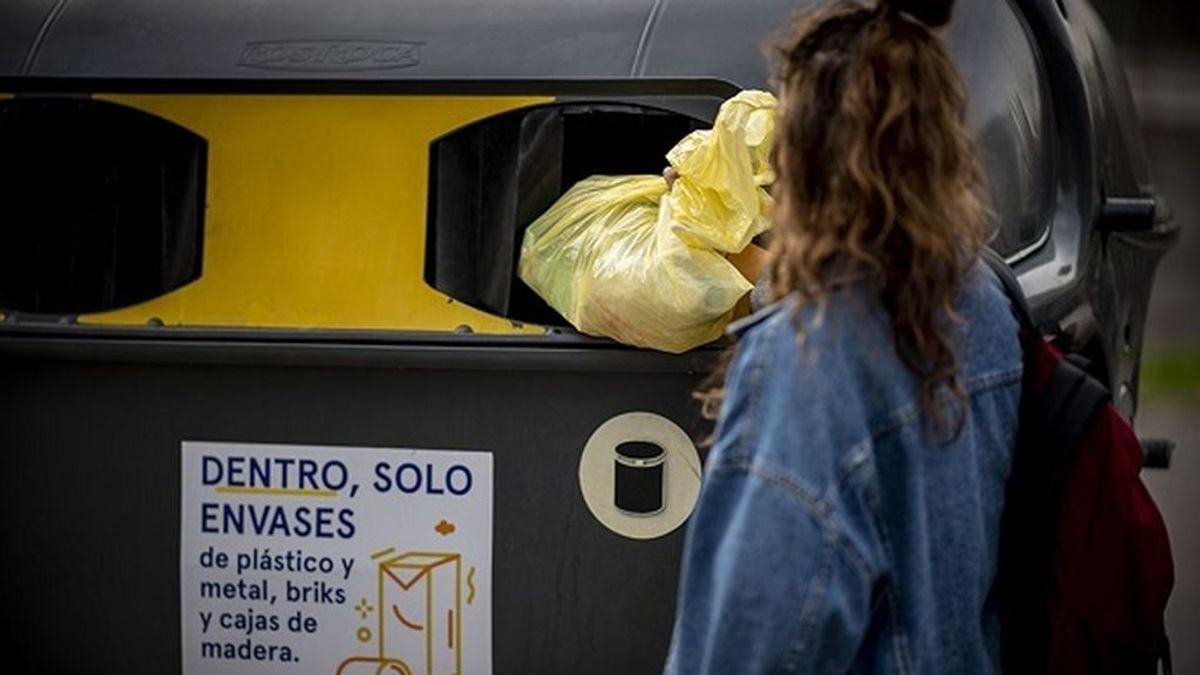 Envases de un solo uso: la lucha contra el coronavirus provoca un tsunami de plástico