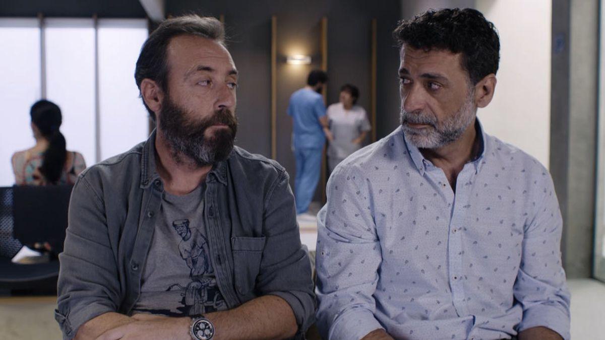 Nacho, Antonio, Simón y Nasser son los padres de la serie 'Madres': propensos a huir de los problemas y con dificultades para asumir la corresponsabilidad en los cuidados