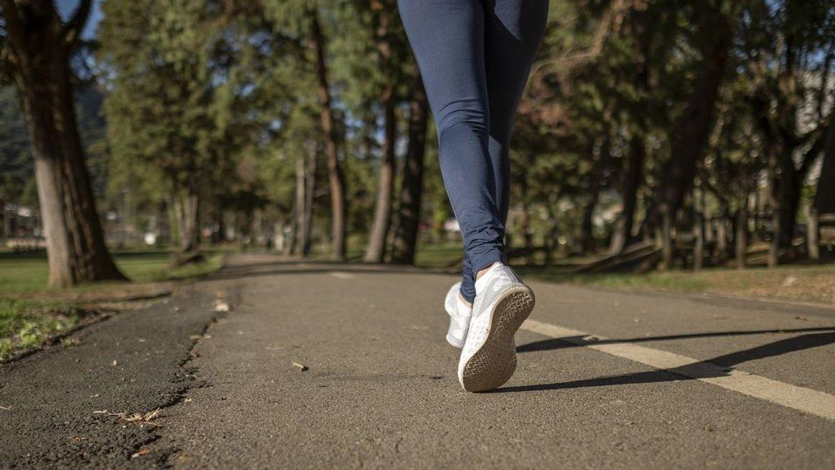 Cómo aprovechar los paseos diarios para adelgazar: beneficios del 'power walking'