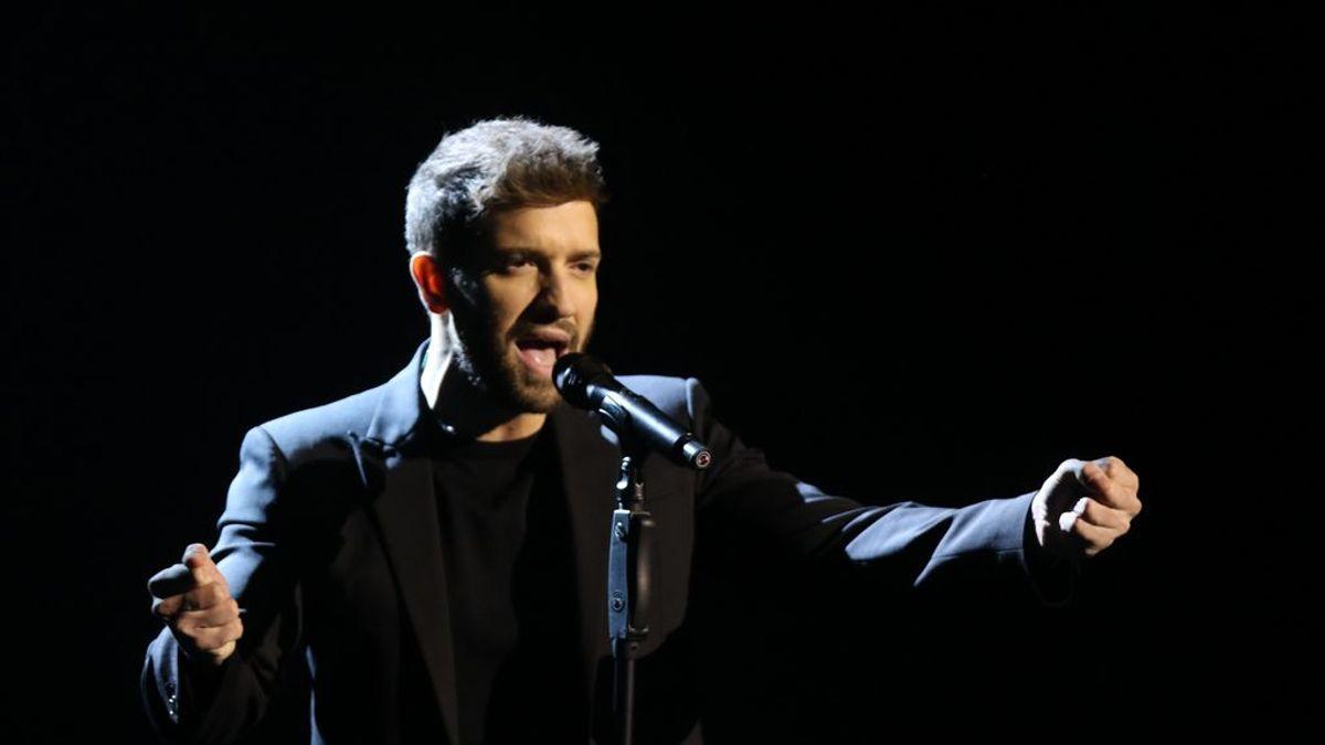 Pablo Alborán canta con el grupo Stay Homas, el fenómeno musical de la cuarentena
