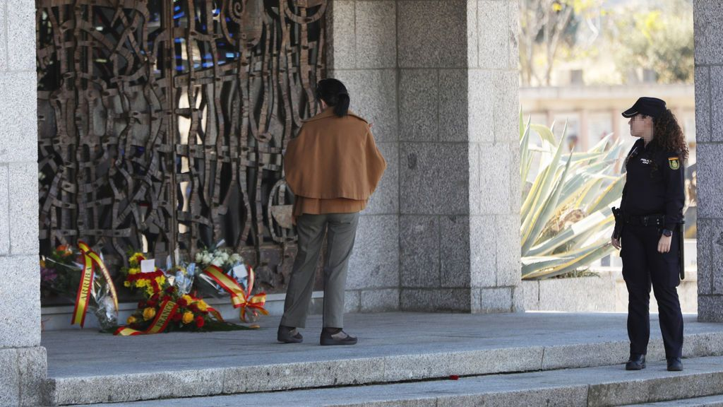 El Gobierno ya ha gastado más de 72.000 euros en mejorar la seguridad del cementerio donde reposan los restos de Franco