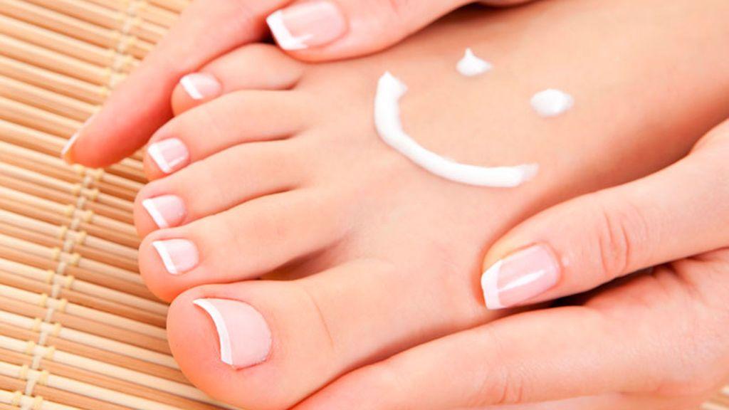 Así podrás prevenir la aparición de hongos en las uñas de los pies.