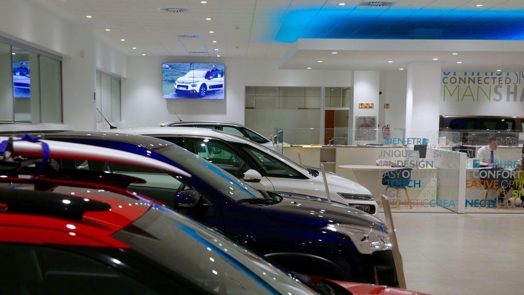 Los motivos por los que los fabricantes de coches no pueden vender sus modelos de forma 100% online