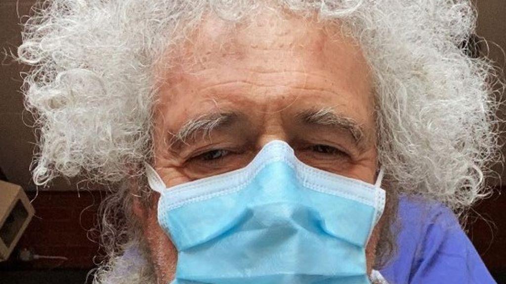 """Brian May, guitarrista de Queen, hospitalizado tras """"romper en pedazos"""" sus glúteos haciendo jardinería"""