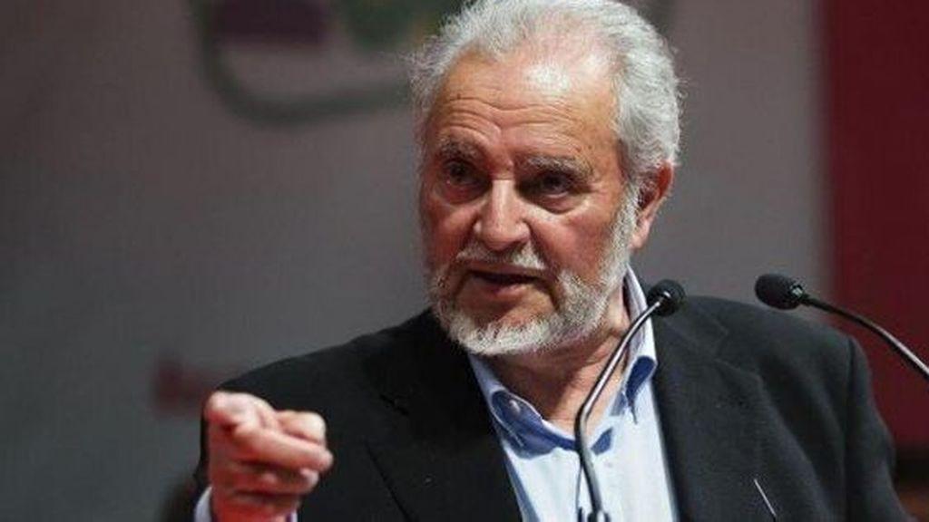 El exlíder de IU Julio Anguita, ingresado de urgencia en el hospital Reina Sofía de Córdoba