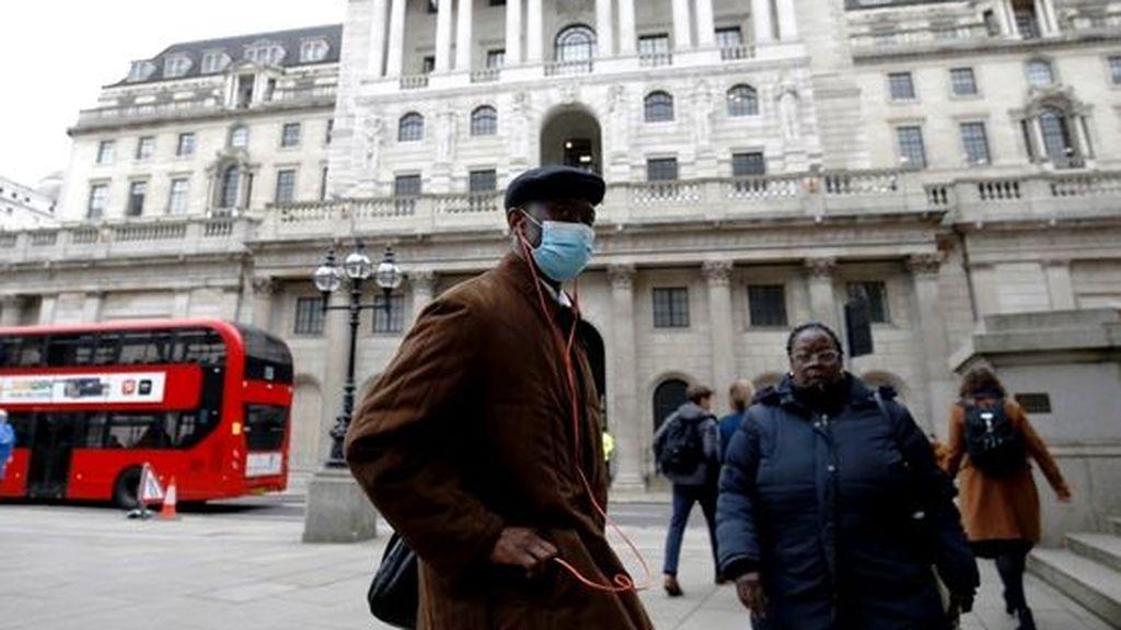 Los expertos avisan: Reino Unido podría acabar el año con 100.000 muertos