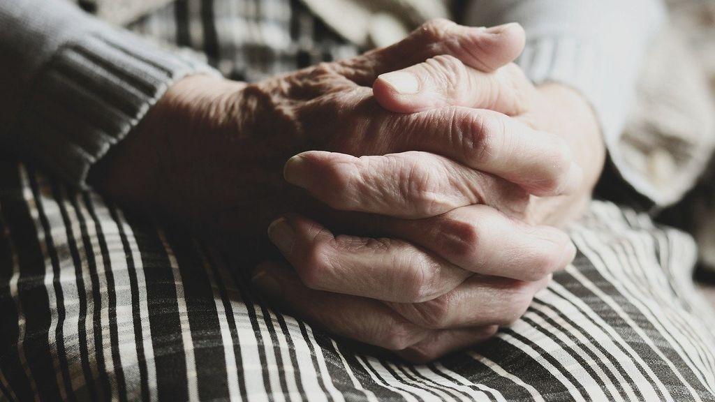 Los mayores de 70 años podrán recibir visitas en la fase 1