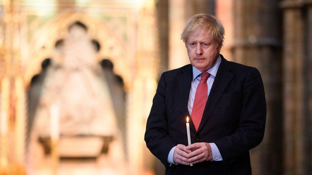 Advertencia a Johnson: 100.000 muertos si acelera la desescalada
