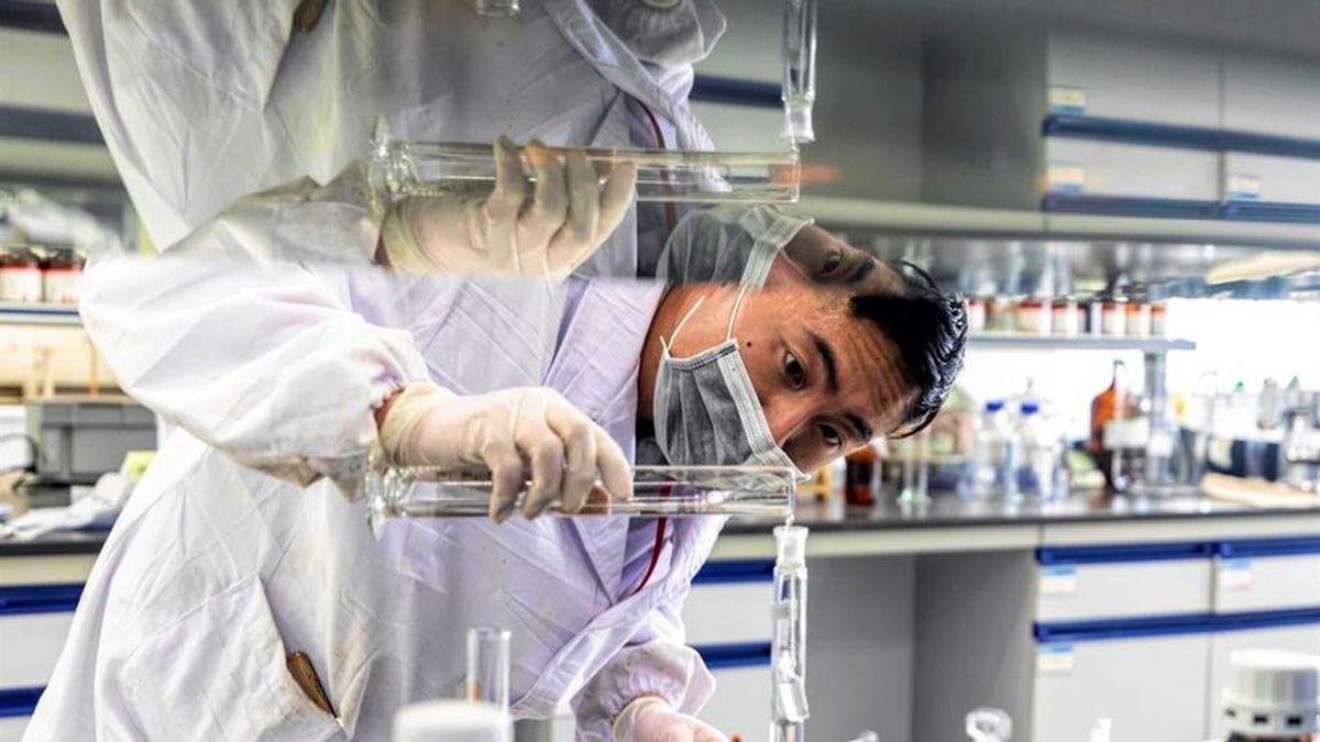 Científicos chinos demuestran el efecto positivo de una triple terapia de antivirales para el coronavirus