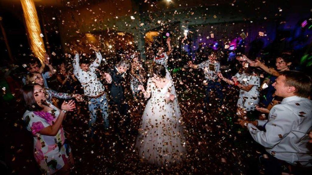 La fiesta se adaptará al gusto de los novios y de los invitados.
