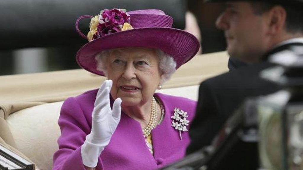 La Reina Isabel II se retira de la vida pública durante meses: permanecerá confinada en el Castillo de Windsor