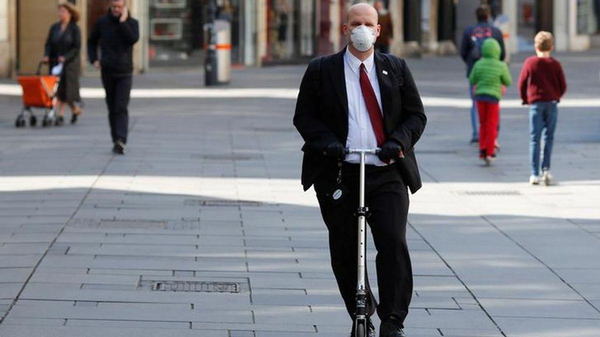 Madrid autoriza la vuelta de los patinetes a las calles y será obligatorio el uso de guantes