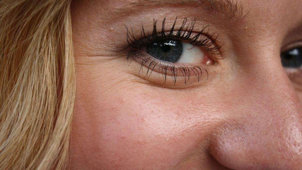 Cuidados faciales: 5 consejos para tu rutina de noche después de los 50