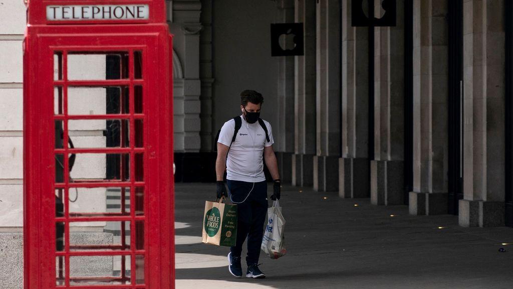 Las muertes por coronavirus en Reino Unido vuelven a dispararse: 627 decesos más en el último balance