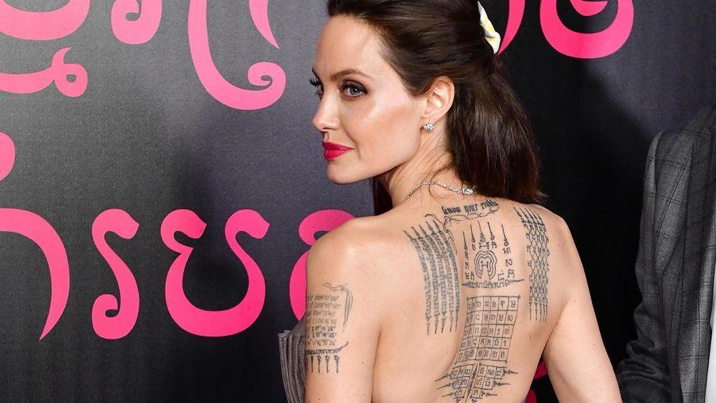 Estos son los tatuajes de Angelina Jolie y sus significados.