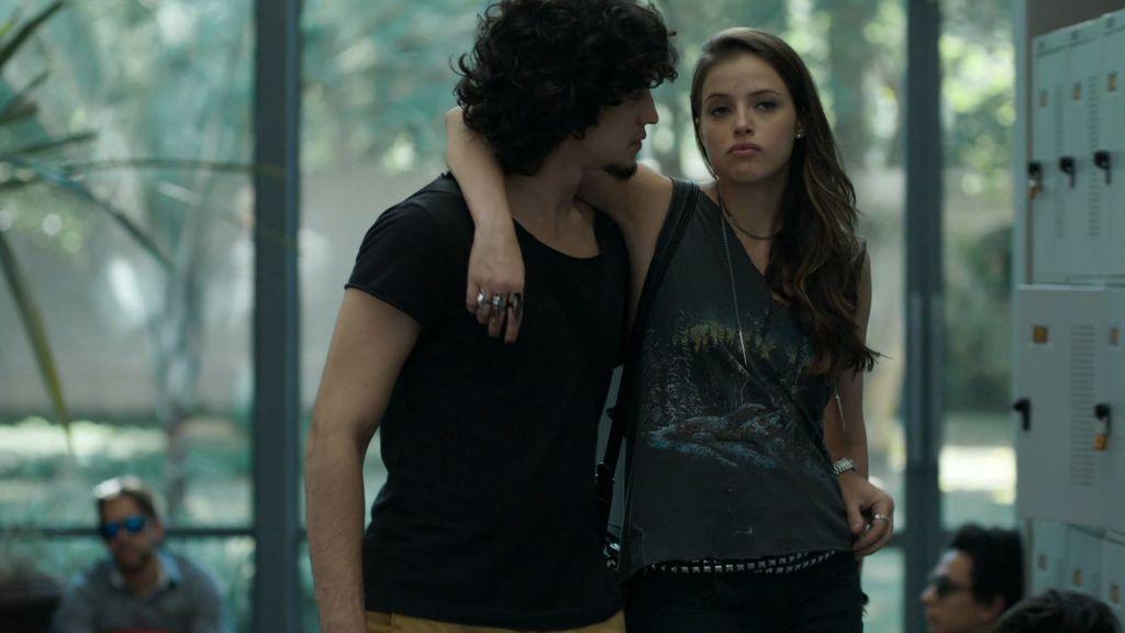 Giovanna pone en marcha su plan para evitar el matrimonio de Angel y Guilherme