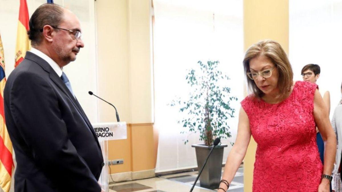 Dimite la Consejera de Sanidad de Aragón que dijo que a los médicos hacerse trajes con bolsas de basura les estimulaba, dimite