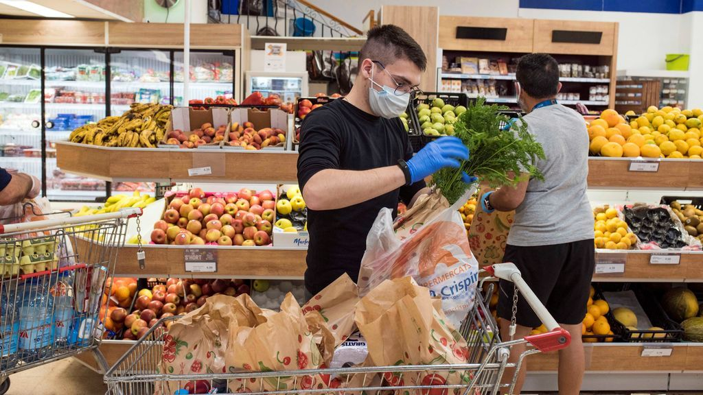 Los españoles comemos mejor tras dos meses de confinamiento: aumenta el consumo de pescado y legumbres