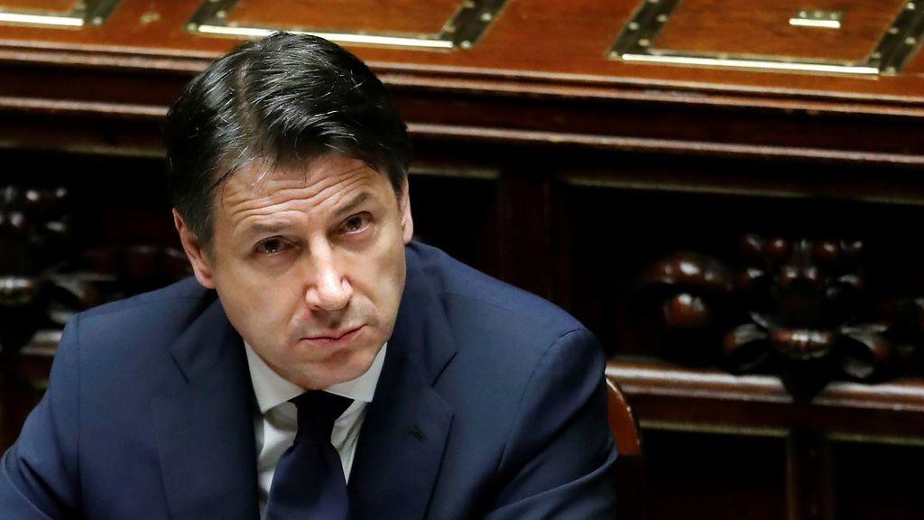 Italia da permisos a migrantes y aprueba una renta básica de hasta 800 euros