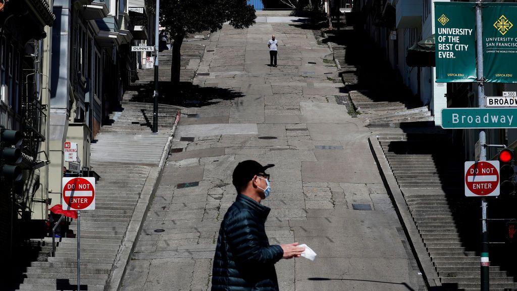 Alcohol y drogas gratis a los sin techo de San Francisco que pasan la cuarentena en hoteles