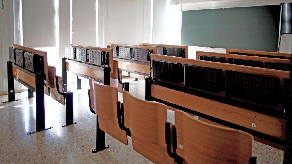 Las comunidades autónomas exigen concreción al Gobierno para la vuelta a las aulas