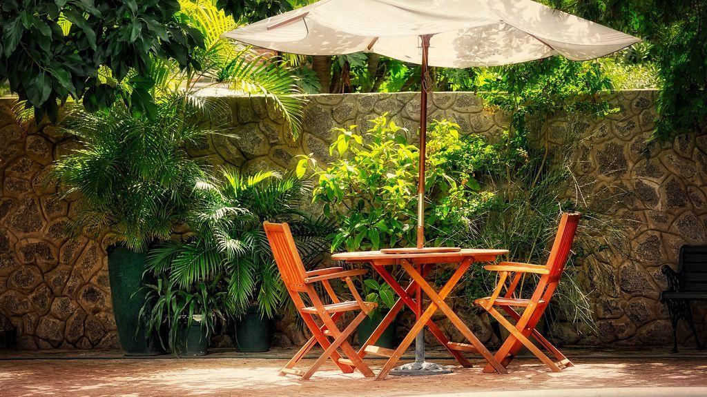 Como preparar tus muebles de exterior y evitar que se desgasten