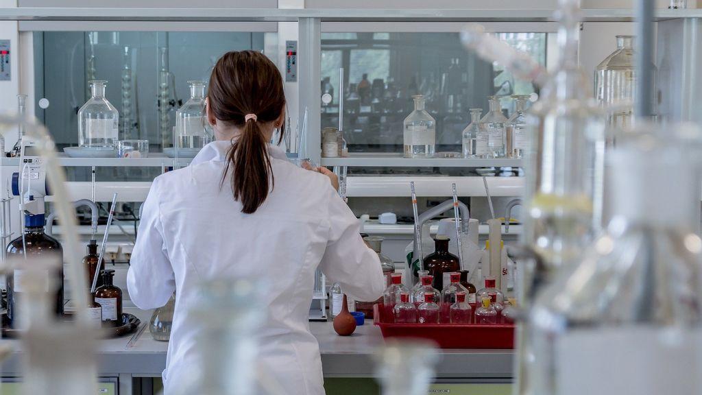 China reconoce haber destruido muestras de coronavirus al inicio de la pandemia