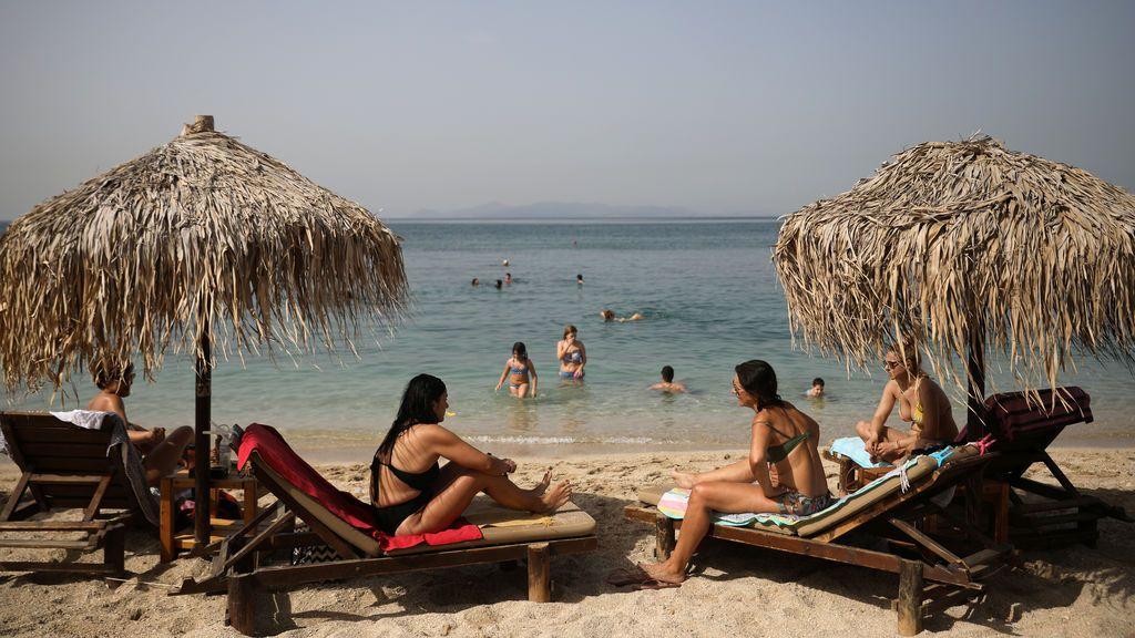 Grecia: playas abiertas desde éste sábado