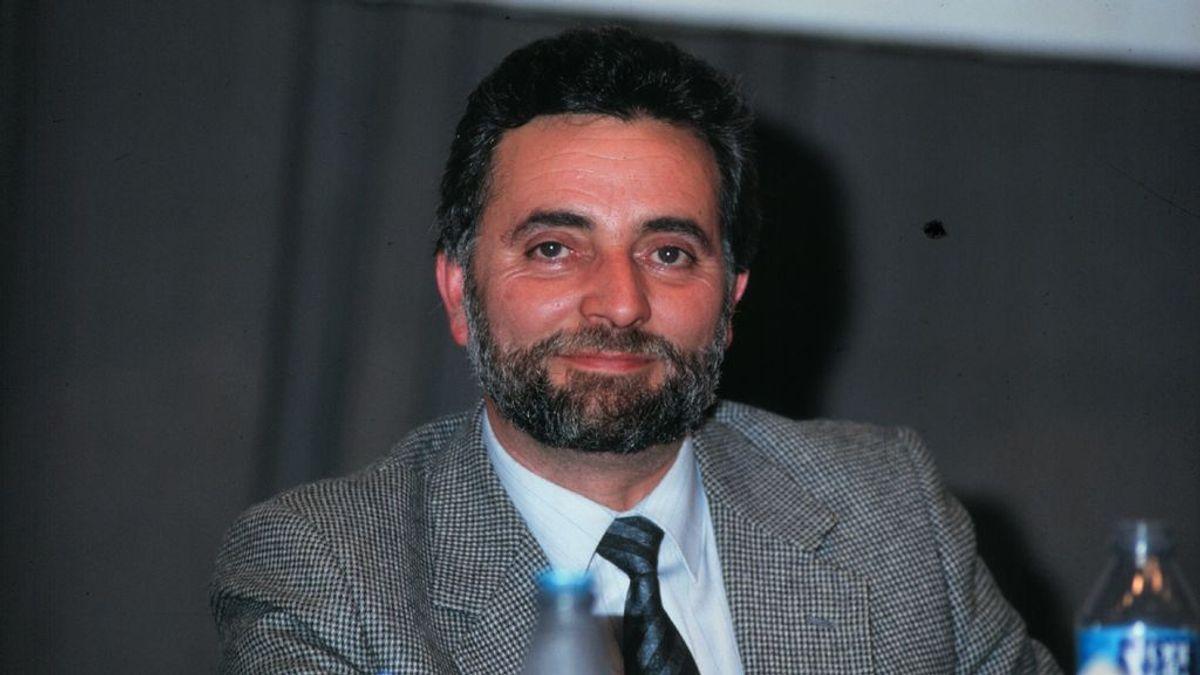 Julio Anguita y la Niña