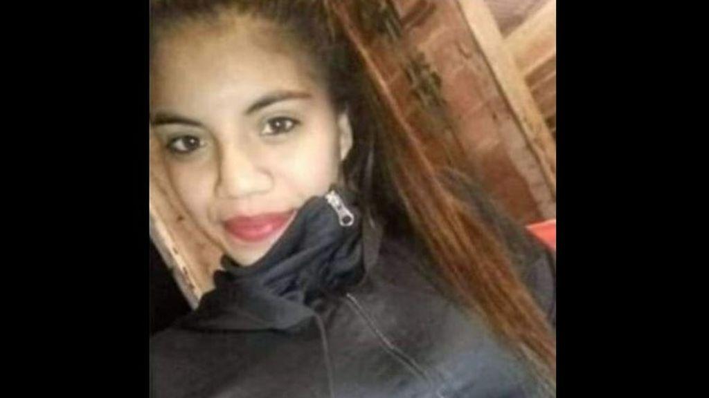 Buscan a una joven desaparecida de 18 años: la última vez que la vieron huía herida de su padrastro