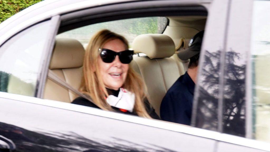 Ana Obregón y Alessandro Lequio llegan a Madrid tras dar el último adiós a su hijo Aless