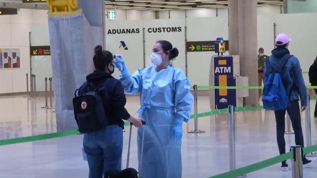 La mitad de los españoles no viajarán por turismo este año por miedo al coronavirus
